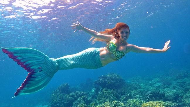 Woman makes her living as a real life mermaid