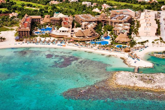 Catalonia Riviera Maya Resort. Going here in a week! Can't wait..looks gorgeous!