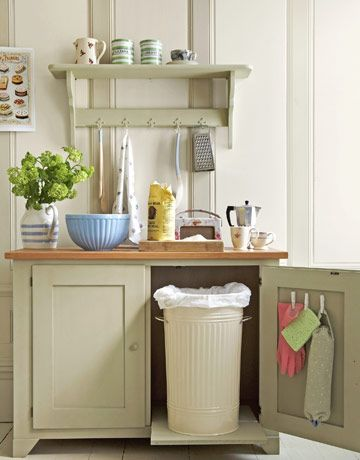 Kitchen Cabinet Magnets keep sponges, rubber gloves, etc. out of sight. Made with clothespins!