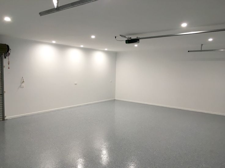 The Garage Floor Co. visits Caloundra West this week to complete flake epoxy flooring installations