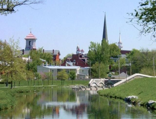 See a photo gallery of Frederick, Maryland and discover the attractions, historic sites, and beautiful countryside of Frederick.