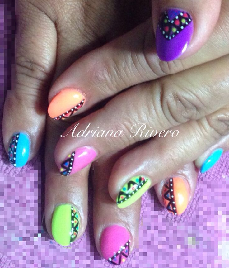 #shortsize #oval #acrylicnails #neoncolors #pink #blue #yellow #orange #violet #tribal #handpainted #laquerevolution
