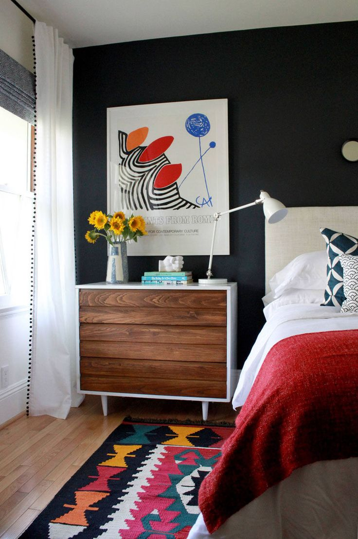 6 Bedroom Design Ideas For Teen Girls // Keep their space feeling fresh with a vase of colorful flowers that sits on their desk or dresser, and brings in a bit of extra life and fun.
