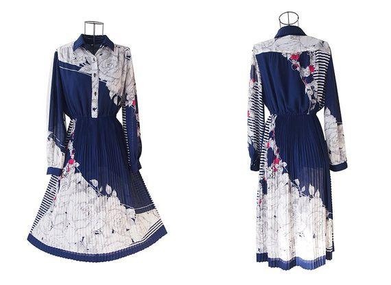 Vintage Dress // Navy Floral Dress // Shirt Collar Dress by LPSNUG