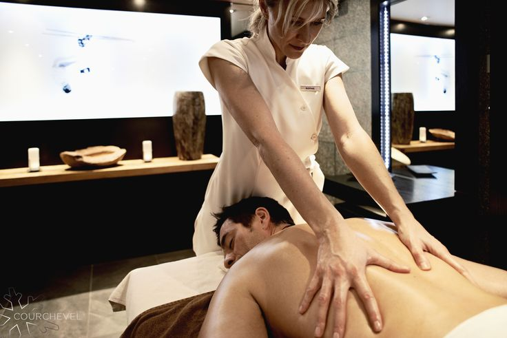 Venez vous laisser aller au plaisir d'un moment de détente entre des mains expertes après une belle journée de ski. / Come to take a relaxing moments in expert hands after a wonderful day of skiing. ©David André