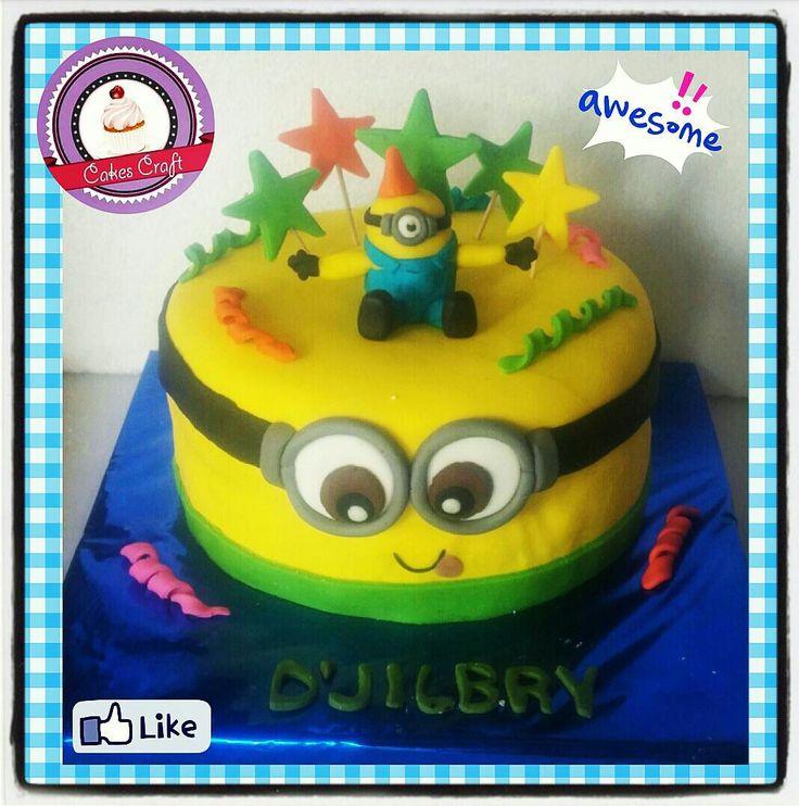 Minnion Cake!/ CID - 516 #tortatematica #barranquilla #cakestagram #uniautonoma #uniatlantico #uninorte #unilibre #unimetro  #hbd #cumpleaños #CakescraftKeados #cakeboss #cupcakewar #cakescraftbq #airsoft #halamadrid #jamesrodriguez10 #collagecostacaribe #enchufetv #nairoquintana #canalcaracol #barranquillaestuciudad #vamosnairo #vamosescarabajos #letourdefrance2016 #minionboxes #minionssinceros #tourdefrance #minion #minions