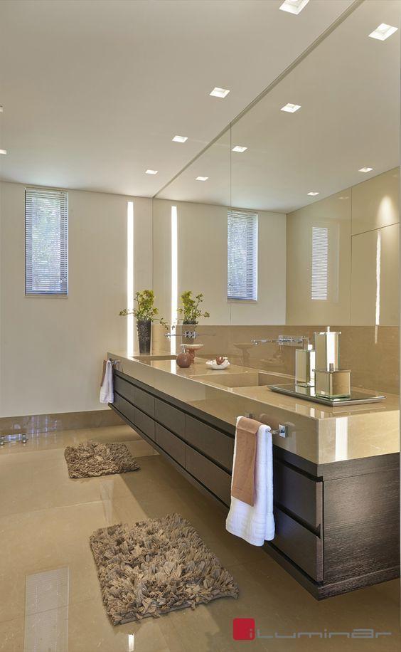 Goldene Lichtplanungsideen für moderne Luxushäuser – Nancy Flores