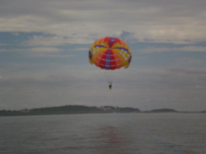 Parasailing, Shoal Bay