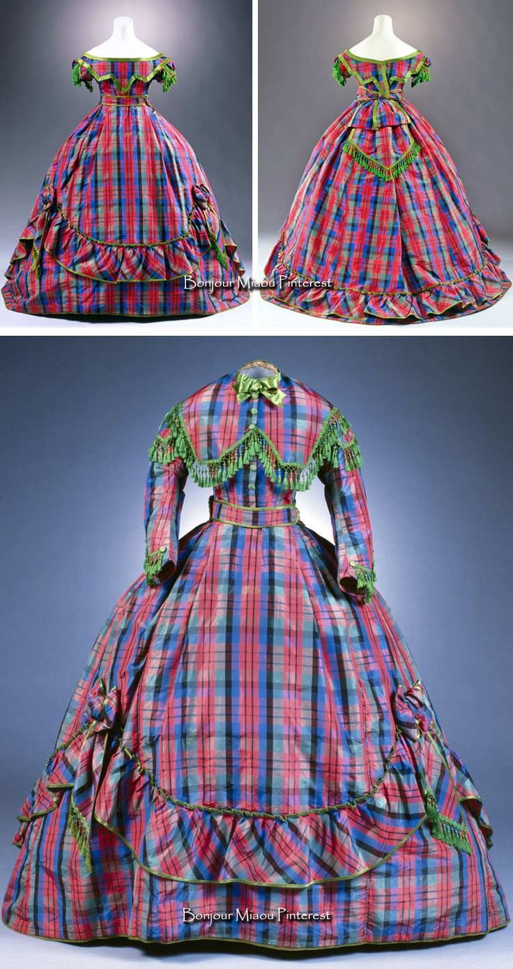 Dress, Germany, ca. 1866. Silk taffeta. Three pieces—skirt, day bodice, and evening bodice. Photo: Marion Mennicken/Rheinisches Bildarchiv Köln. Museum of Applied Art, Cologne, via Kulturelles Erbe Koeln