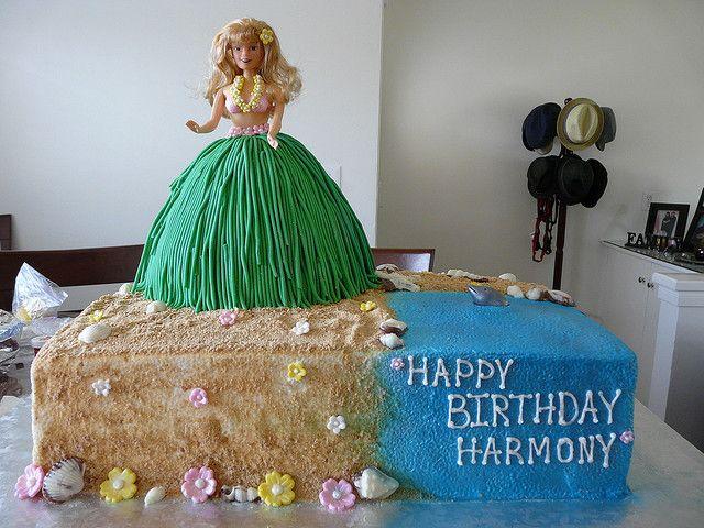 hula girl cake | Hula Girl Cake | Flickr - Photo Sharing!