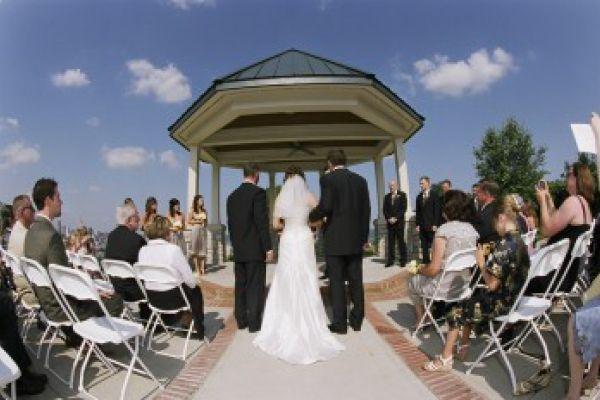 Drees Pavillion Devou Park Photos And Other Wedding Reception Ceremony Venues In Cincinnati Dayton Northern Kentucky
