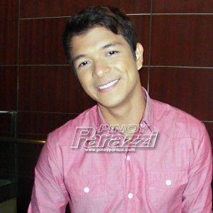 Jericho Rosales, maraming pangarap ang natupad dahil sa Pangako Sa 'Yo  http://www.pinoyparazzi.com/jericho-rosales-maraming-pangarap-ang-natupad-dahil-sa-pangako-sa-yo/