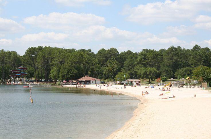 Découvrez les plages de sable du Lac de Clarens grâce à la résidence Goelia Les demeures du Lac située à proximité immédiate !