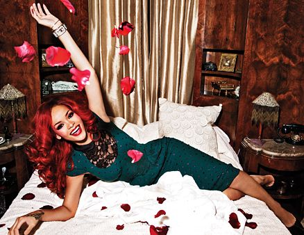Rihanna tweets support to Redhead Rebel