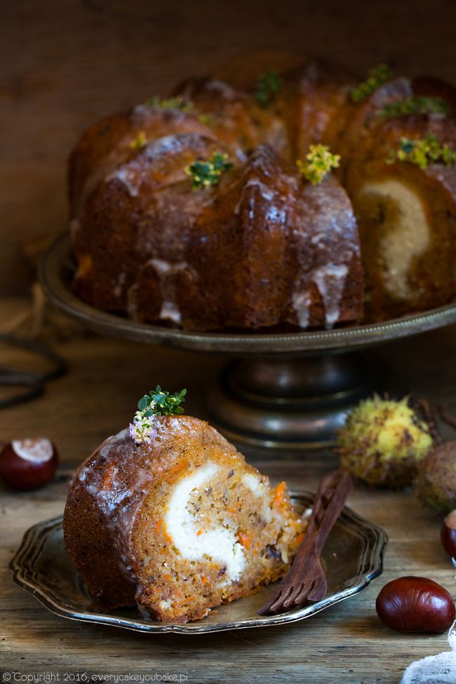 ciasto marchewkowe nadziewane serem