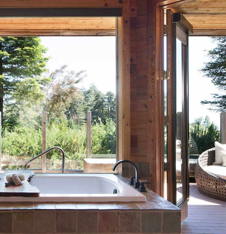 With Your Own Private Deck And Hot Tub Along With A Wet Bar Dining Alcove And Wood Burning Fireplace The Vista Hot Tub Suite Giv Big Sur Wet Bars