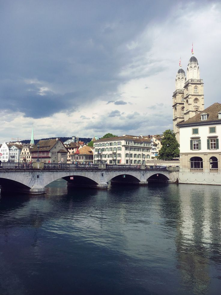 In Downtown | Zurich- Switzerland |  Photo by Selin Özer