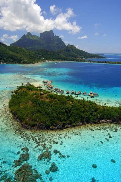 visitheworld: Sofitel private island, Bora Bora / French Polynesia (by IDEE PER VIAGGIARE / Flickr)