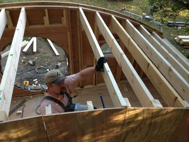 How to build a hobbit house: building process and house equipping ...
