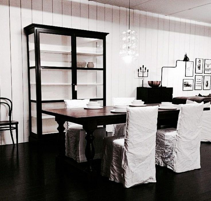 showroom and shop in norway len m bel great sophisticated taste thanks for sharing a pix. Black Bedroom Furniture Sets. Home Design Ideas