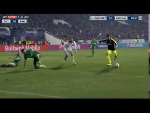 Mesut Ozil's masterful goal | Arsenal |   Ludogorets 2 - 3 Arsenal