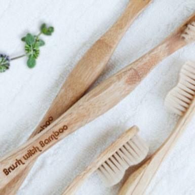 This toothbrush is sold by Homemade Betty and made from bamboo. It comes in 100% biodegradable, compostable packaging.Homemade Betty is a 100% vegan, organic,