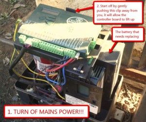 HOWTO replace your Centurion D5 Evo Electric Gate Motor battery