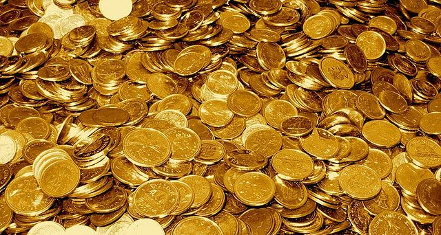 awesome 3 Reasons You Should Buy Gold (And 3 Reasons You Shouldn't)