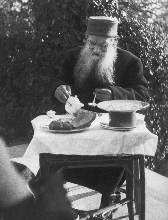 Leo Tolstoy's 10 hobbies that prove he was a hipster | Russia Beyond The Headlines