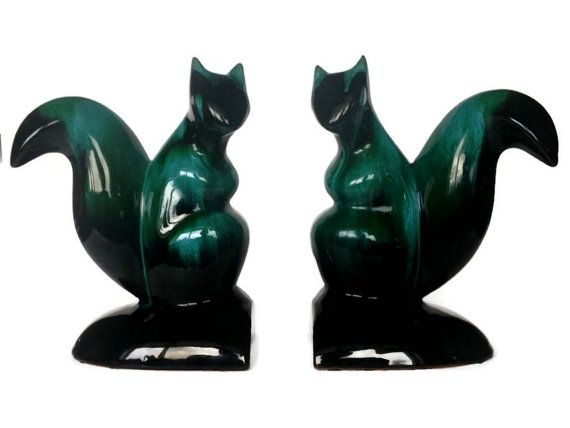 Blue Mountain Pottery Bookends BMP Squirrel by NoNameCatVintage