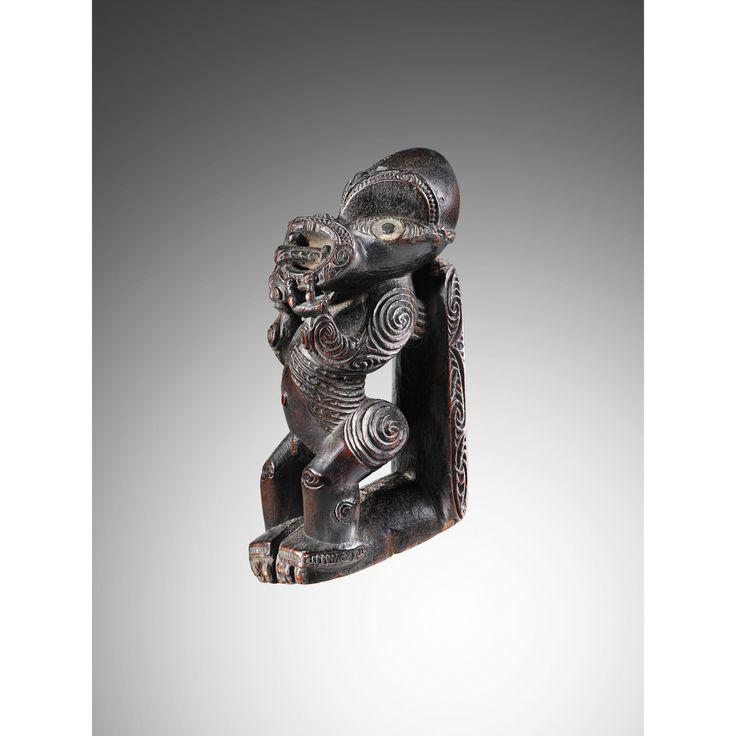 maori repose-pied de bton fouir   figure   sotheby's pf1108lot62h57en