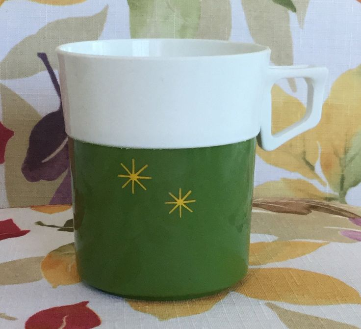 Excited to share the latest addition to my #etsy shop: Atomic Starburst Green Plastic Coffee cups MCM VTG Set of Six