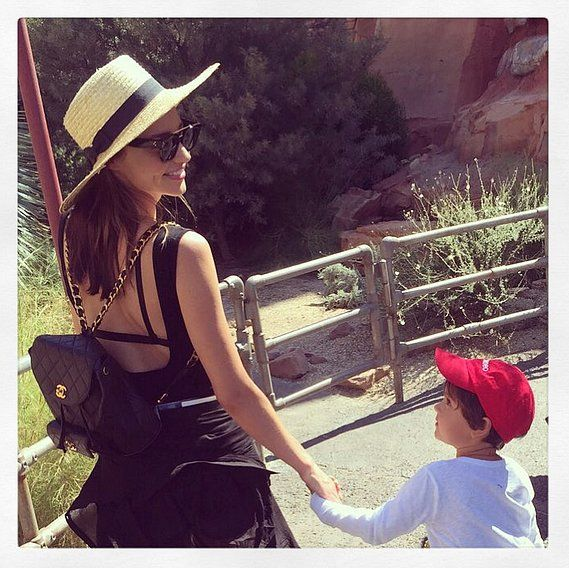 Miranda Kerr brought her son, Flynn, to Disneyland this week, and she shared the most adorable picture of their fun day out.