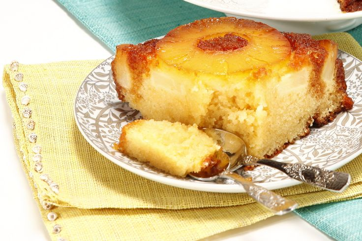 Receita de Bolo de ananás fresco. Descubra como cozinhar Bolo de ananás fresco de maneira prática e deliciosa com a Teleculinaria!