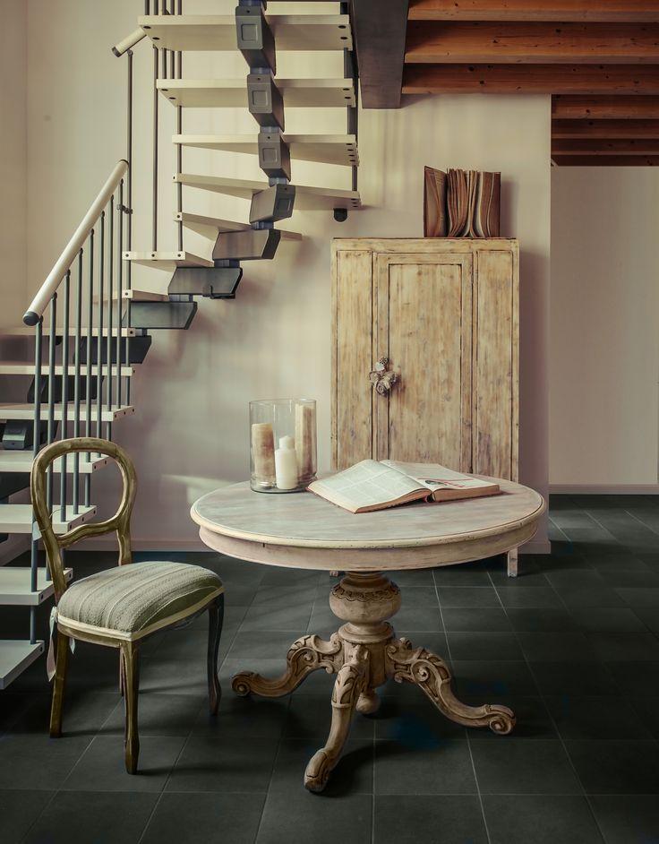 Tavolo rotondo legno sbiancato