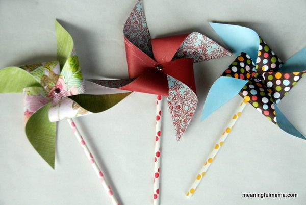 Meaningful Mama: Day #154 - Pinwheel Tutorial