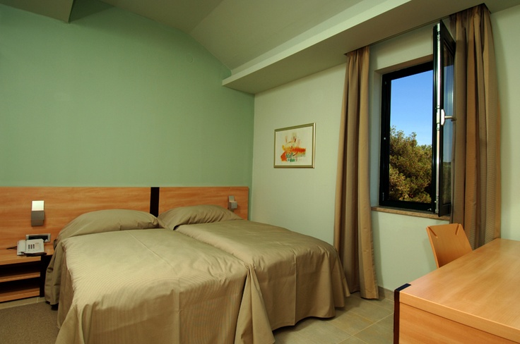 Resort Petalon in Vrsar, Istria, Croatia.  Modernly equipped apartments and holiday rooms and a first-class service put it among the best tourist resorts in the Adriatic.   http://www.maistra.com/Accommodation/Resorts/Petalon_Vrsar