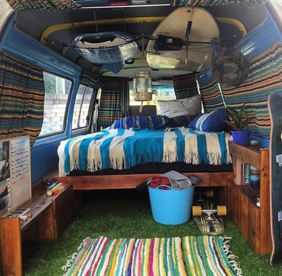 Can't tell what type of camper van it is but L.O.V.E. that grass floor, creative huh!? #vanlife #camping #RVing