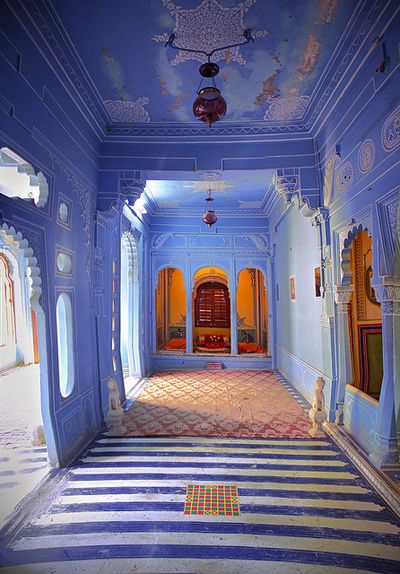 Oh...incredible. Beautiful colors and architecture inside Mehrangarh Fort in Jodhpur, India