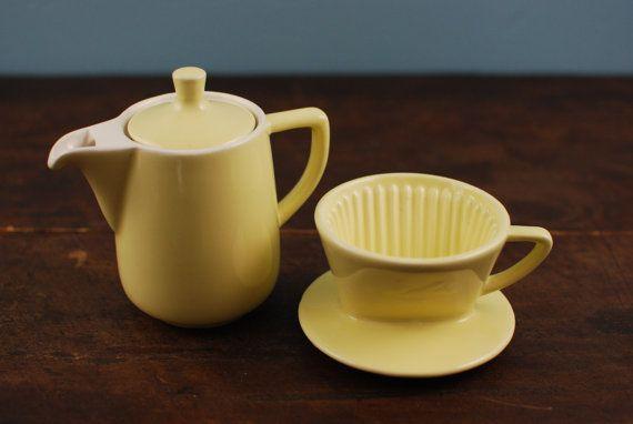 Petite cafetiere Melitta jaune Vintage Années 60