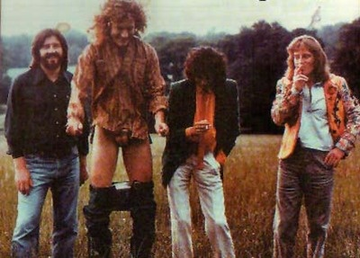 http://custard-pie.com Led Zep, Knebworth and Robert decides to drop pants...! August 1979