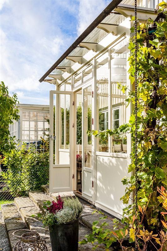 Love this sun roomGlass Veranda ideas with Traditional Houses 5
