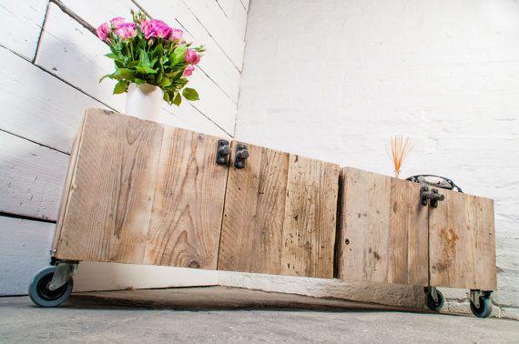 Josh basse 4 porte récupéré échafaudage Conseil médias unité de Long avec poignées en acier - sur mesure fabriqué sur mesure meubles de www.urbangrain.co.uk