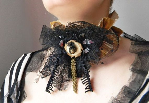 Victorian Gothic statement choker with big fabric by Elyseeart