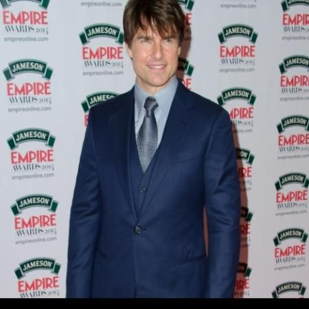 Is Tom Cruise dating Laura Prepon? #OITNB #Dating #Gossip