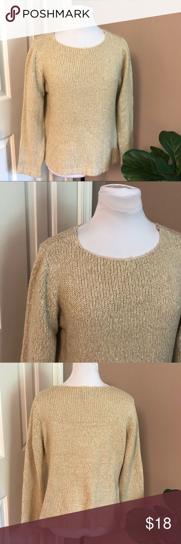 🔴New York & Co l Neutral Tan Sweater Perfect co…