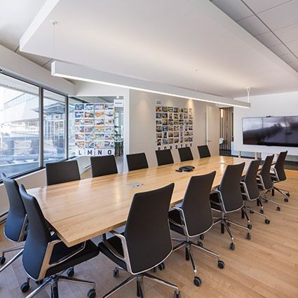 Coarchitecture In Québec City Chose HP 4 Indirect/Direct Linear LED Lighting  For Their