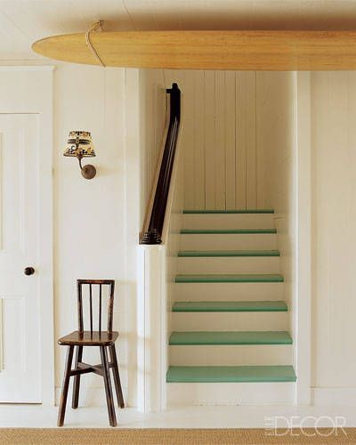 escalier peint blanc et vert anis Escalier peint  17 Idées peinture escalier
