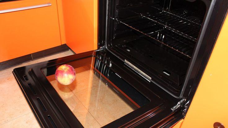 Этот способ научит тебя, как проделать тягучую процедуру чистки духовки быстро и…
