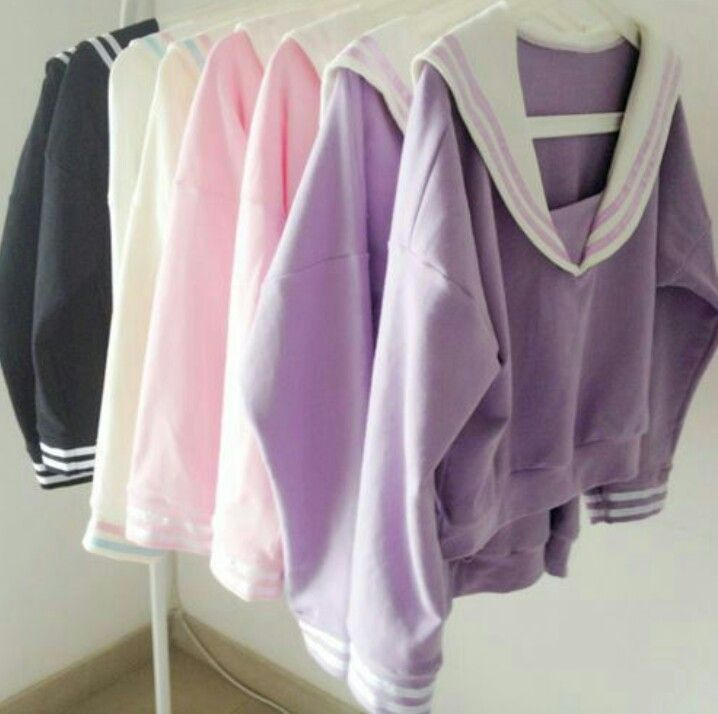 a sweatshirt that looks like a Japanese school girl uniform (raiding stores now lol)!
